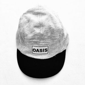 Trois Moutons 'Oasis' Baby Hat